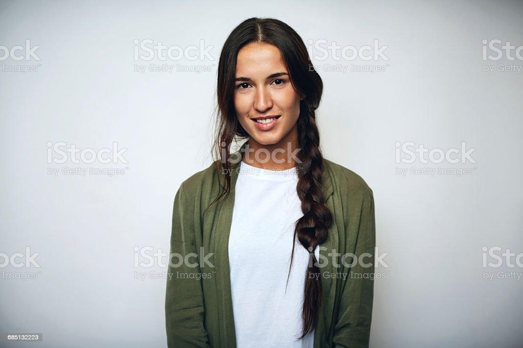 Businesswoman with braided hair over white - Lizenzfrei 25-29 Jahre Stock-Foto