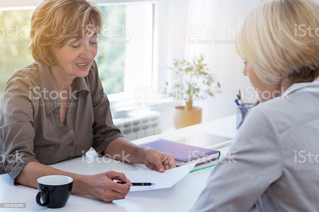 Geschäftsfrauen bei der Arbeit – Foto