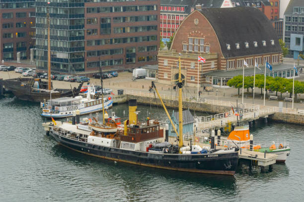 Bussard steam ship and Cog ship at the Kiel Maritime Museum - foto stock