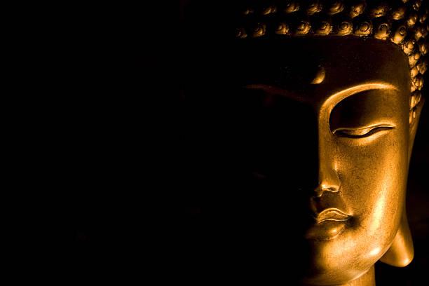 bust of buddha's face - buddha stockfoto's en -beelden