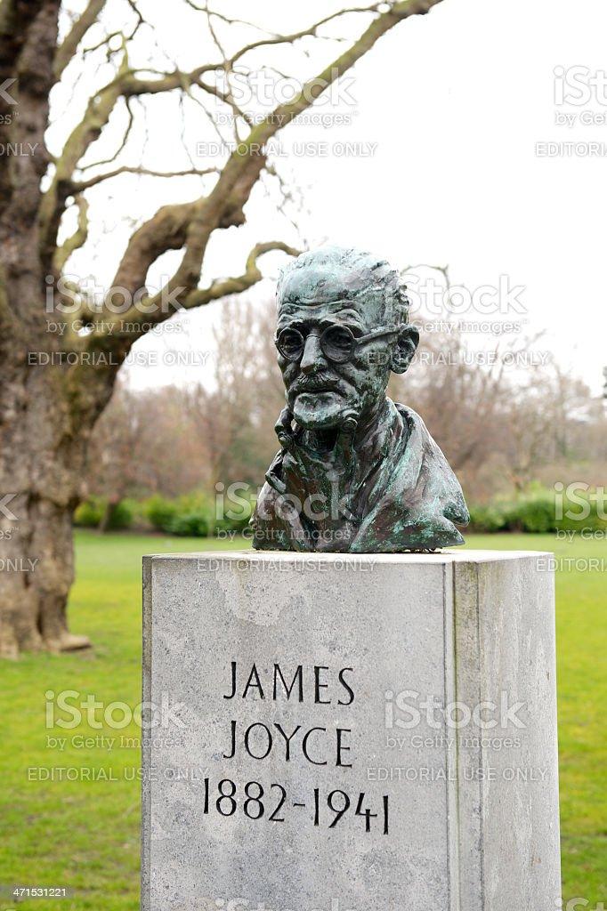 Bust of James Joyce, Dublin, Ireland stock photo