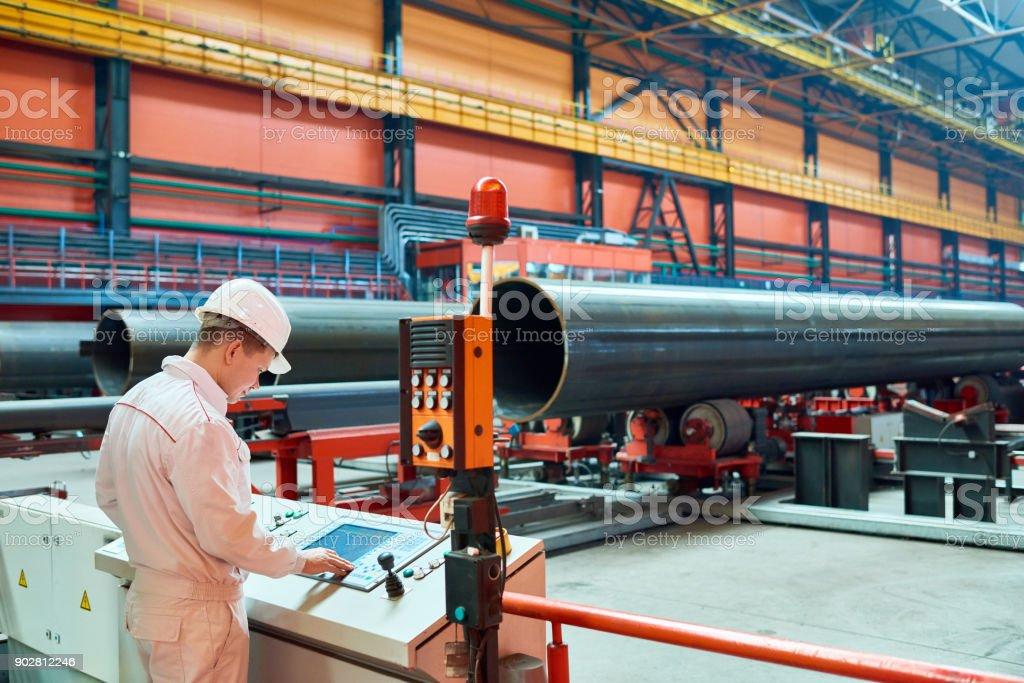 Beschäftigt Ingenieur Geschäftsführer Werksmaschine – Foto