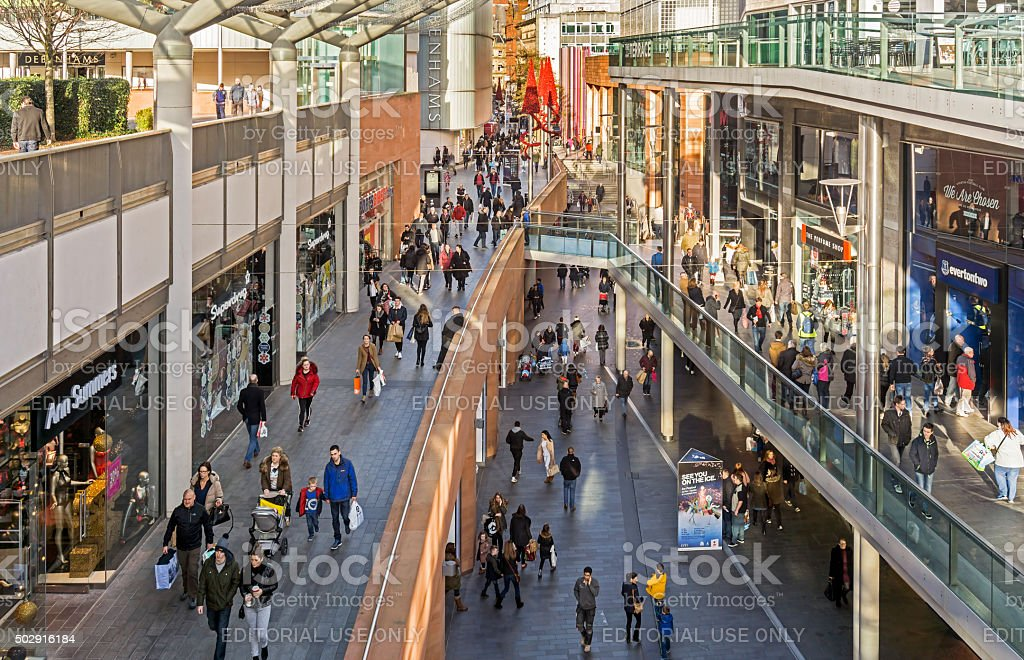 Geschäftigen Straßen von Liverpool Shopping - Lizenzfrei 2015 Stock-Foto