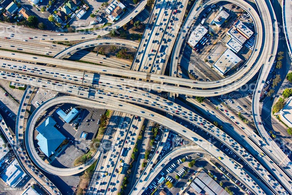 Los Angeles Freeway Interchange Antenne beschäftigt – Foto