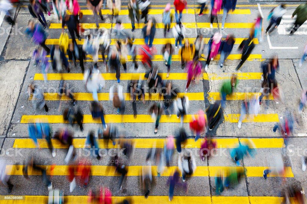 Beschäftigt Fußgängerüberweg in Hong Kong – Foto