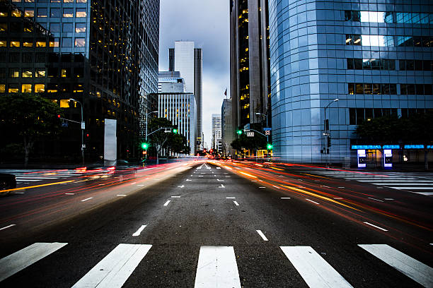 busy street in los angeles - financial district stock pictures, royalty-free photos & images