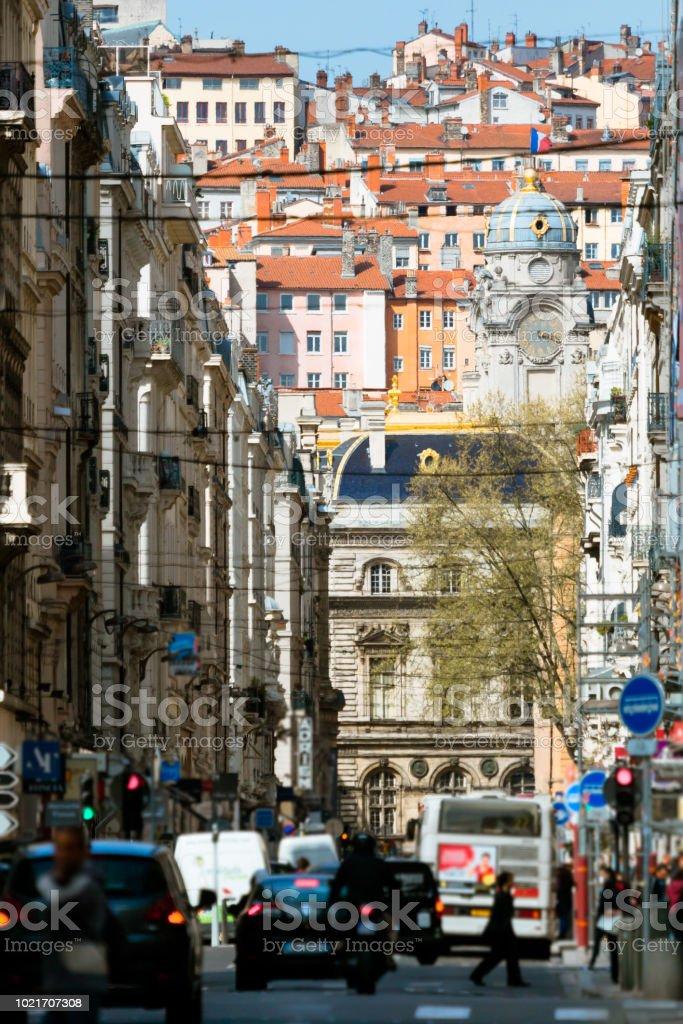 Rue animée à Lyon - Photo