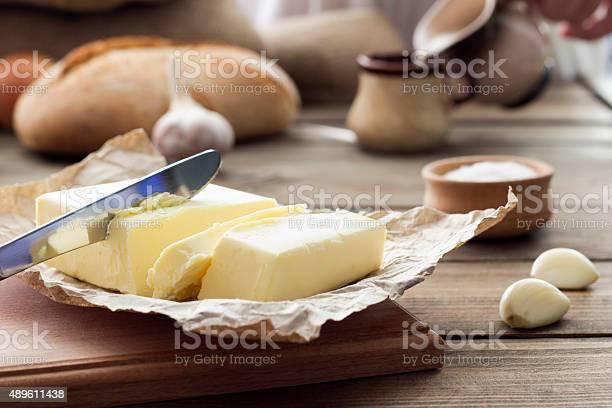 Butter Knife Bread Garlic And Milk Stockfoto en meer beelden van 2015