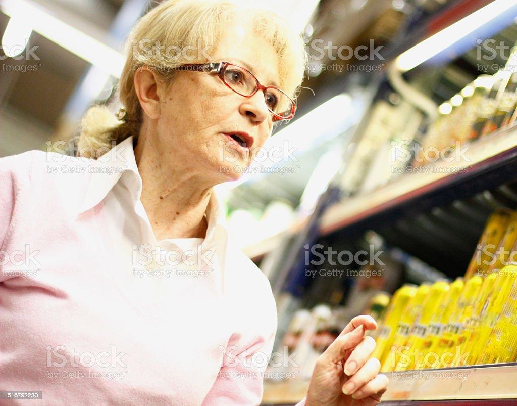 Einkauf im Supermarkt – Foto