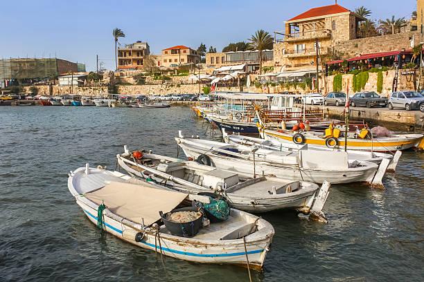 byblos-liban harbor - liban photos et images de collection