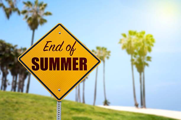 bye bye sommer - trennungssprüche stock-fotos und bilder