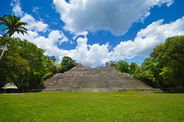 Caana pyramid at the Caracol archeological site of Mayan civilization Caana is the main pyramid at the Caracol archeological site of Mayan civilization in Western Belize maya mountains stock pictures, royalty-free photos & images