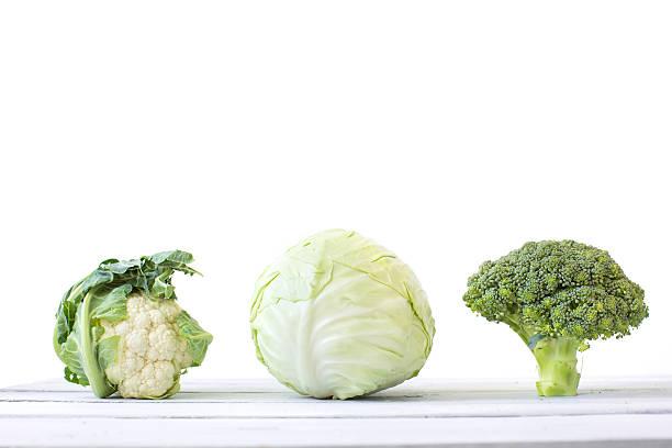 Repolho, brócolis e couve-flor - foto de acervo