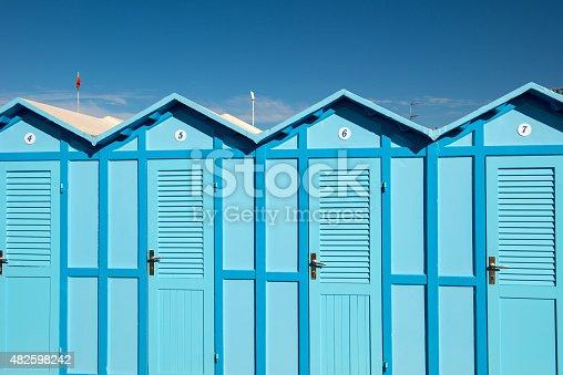 istock Cabin beach 482598242