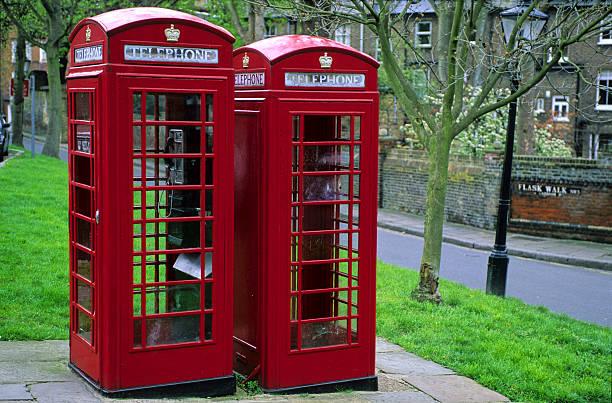 cabines téléphoniques à Londres stock photo