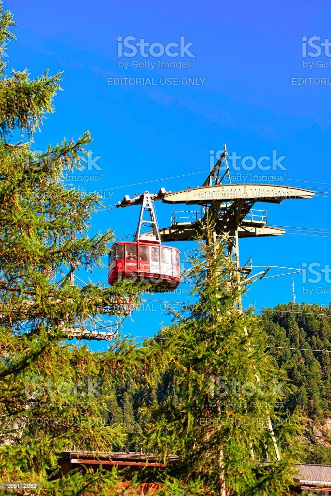 Cable car in Zermatt highland CH zbiór zdjęć royalty-free