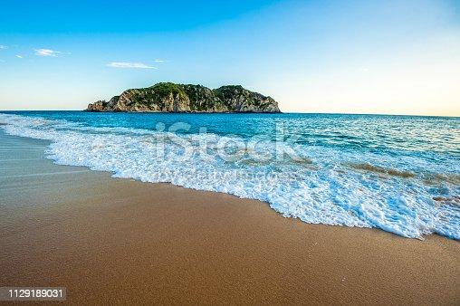 istock Cacaluta beach in Huatulko, Oaxaca, Mexico 1129189031