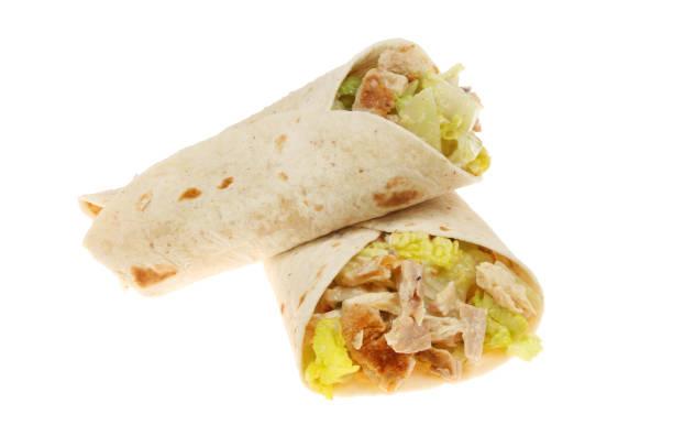 caesar salat wraps isoliert - veggie wraps stock-fotos und bilder
