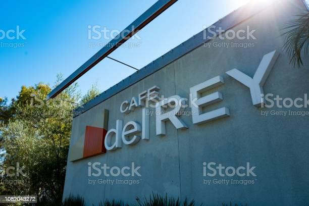 Cafe del rey picture id1082043272?b=1&k=6&m=1082043272&s=612x612&h=zkebszmfdrfhokodyx2prexlf8gjqftic8m8swnlh84=