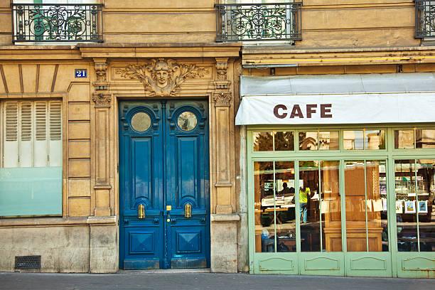 パリのカフェ - paris ストックフォトと画像