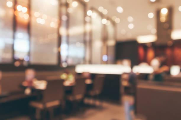 Cafe Restaurant Interieur mit Tisch unscharf abstrakten Hintergrund mit bokeh Licht – Foto