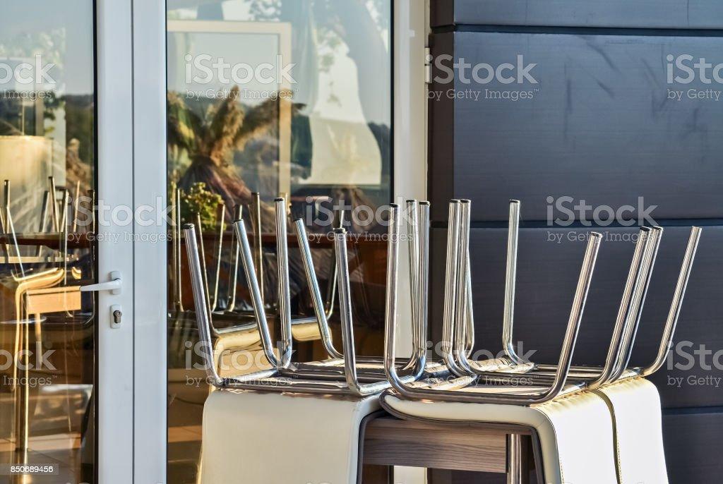 Cafetería y mobiliario - foto de stock