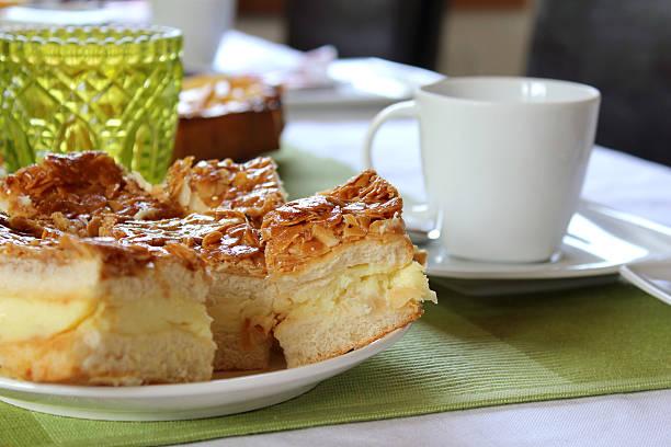 kuchen und kaffee - andreas weber stock-fotos und bilder