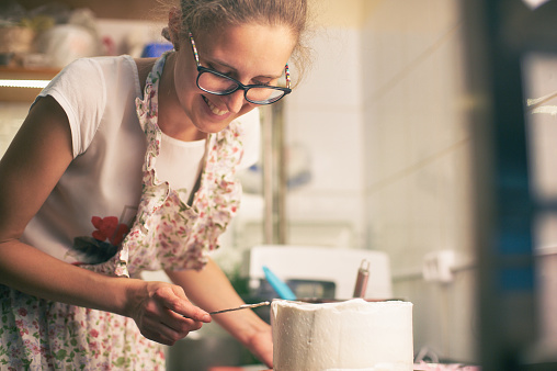 istock cake cooking 697896004