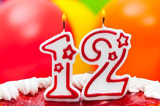 kuchen für 12. geburtstag - number 13 stock-fotos und bilder
