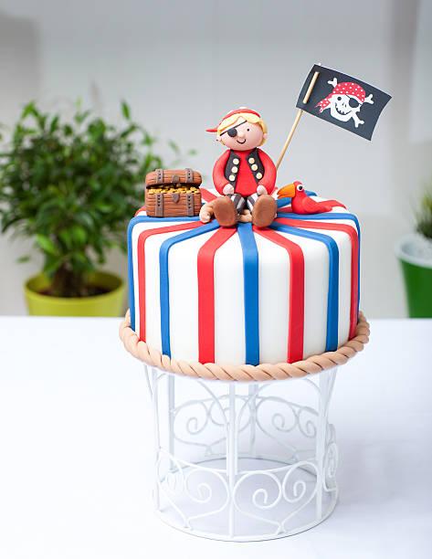 kuchen pirate - piratenparty snacks stock-fotos und bilder