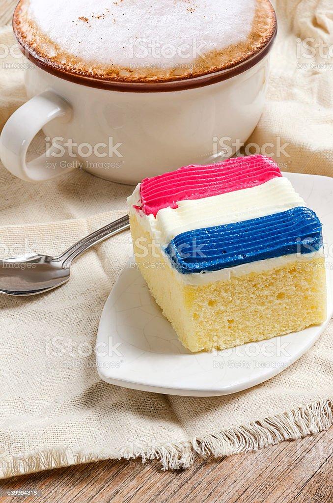 Gâteau Garniture En Couleur De Garniture De Crème Drapeau De La