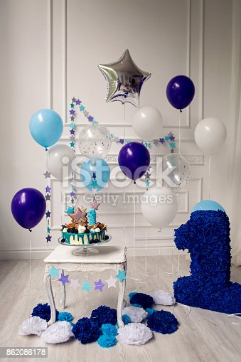1035635902 istock photo cake with berries on the first day 862086178