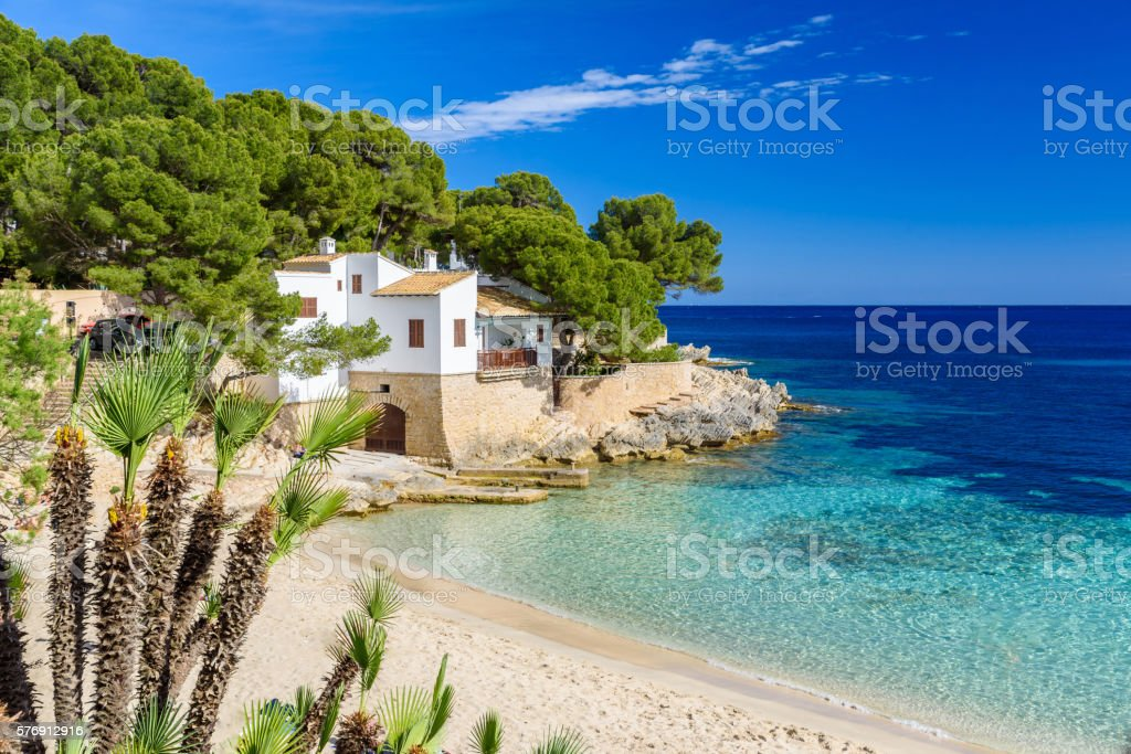 Cala Gat at Ratjada, Mallorca - beautiful beach and coast - 로열티 프리 경관 스톡 사진