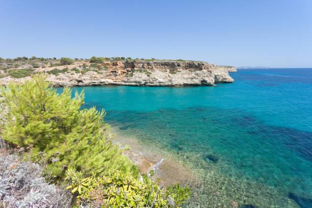 Calas de Mallorca, Mallorca - ein wunderbarer Anblick auf die Bucht von Calas de Mallorca – Foto