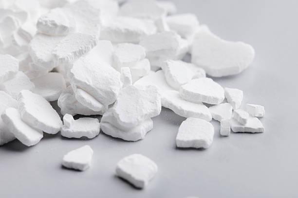 calcium chloride - calcium stockfoto's en -beelden