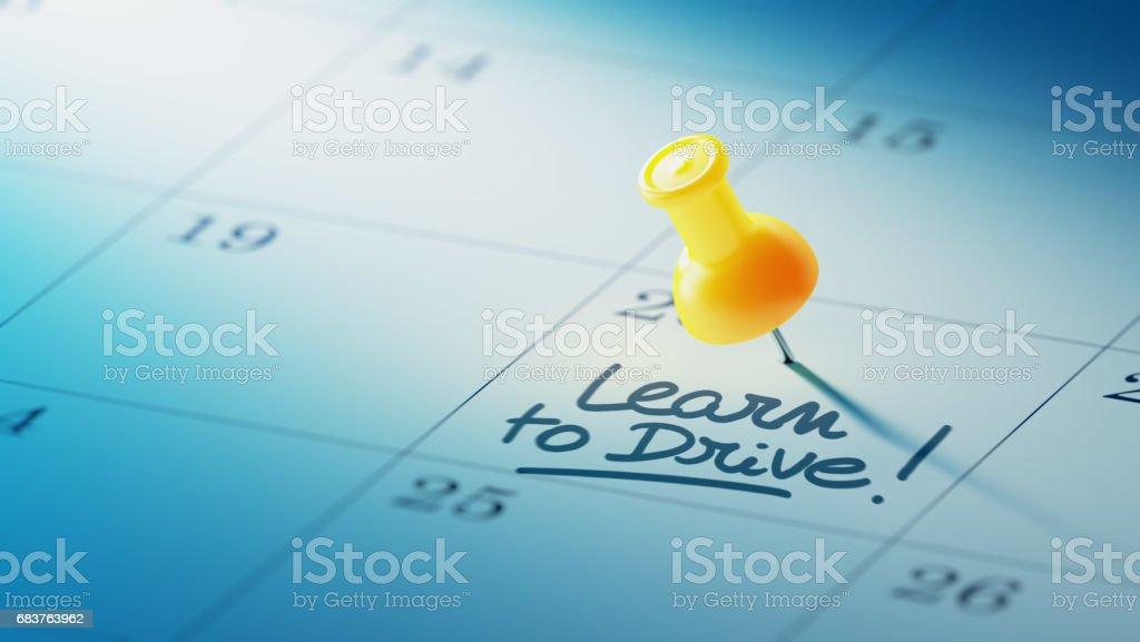 Concepto de calendario con un perno amarillo - foto de stock