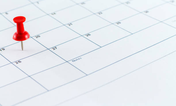 calendar date planner with red pin point - scar stock photos and pictures