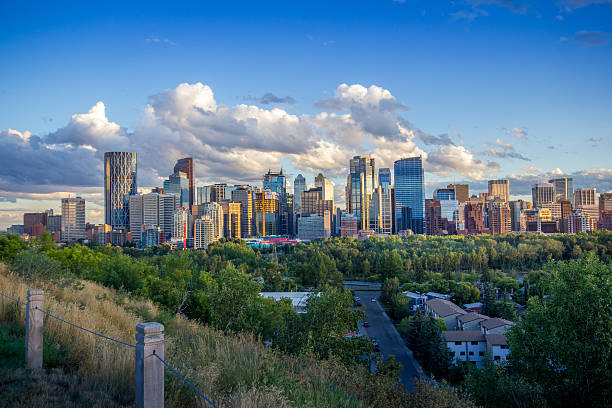 Calgary Downtown The skyline of downtown Calgary, Alberta, Canada alberta stock pictures, royalty-free photos & images