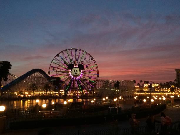 California adventure at sunset picture id1142529055?b=1&k=6&m=1142529055&s=612x612&w=0&h=nnttez61nkuueguwjmd4q04bsydfj31oi8np3zvk0uq=