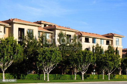 istock California Apartment Building 480640991