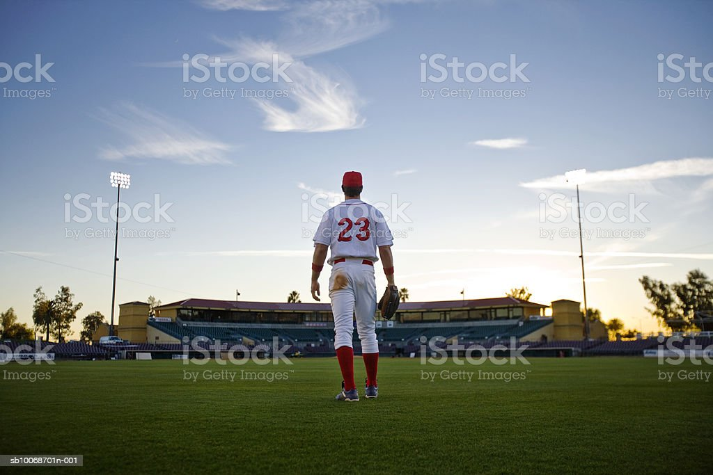 USA, Kalifornien, San Bernardino, baseball-second baseman sehen Sie sich tow Lizenzfreies stock-foto