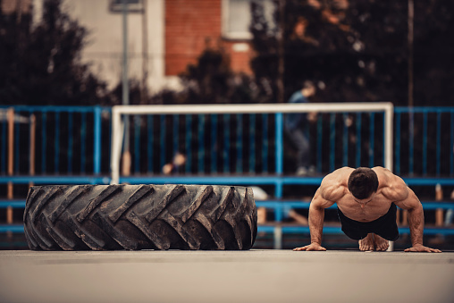 Calisthenics Workout Stock Photo - Download Image Now - iStock