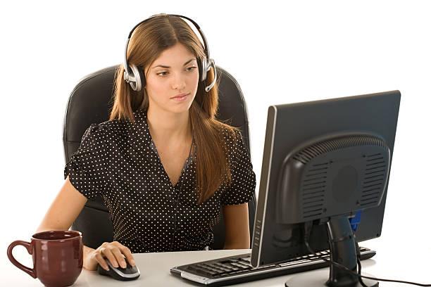 operatore del call center - shifts call centre foto e immagini stock