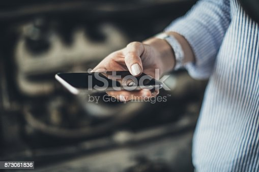 istock Call for help 873061836