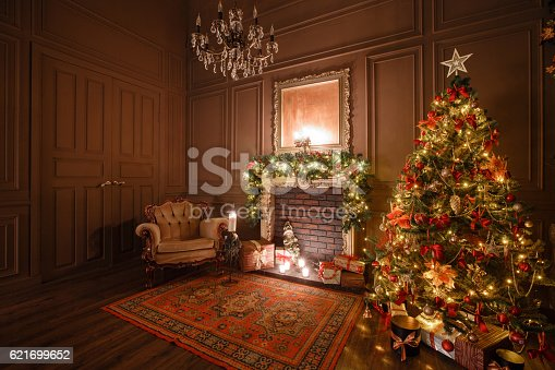 istock Calm image of interior Classic New Year Tree decorated in 621699652