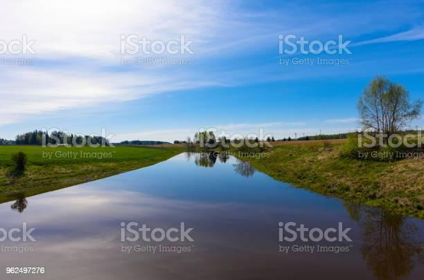 Foto de Rio Calmo Na Zona Rural e mais fotos de stock de Agricultura