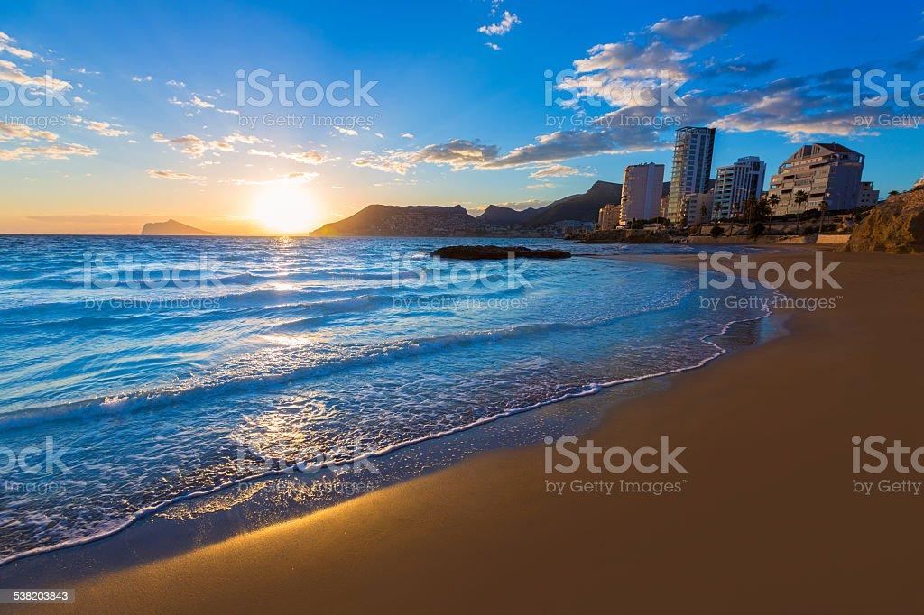 Calpe Alicante Sonnenuntergang am Strand Cantal Roig in Spanien – Foto