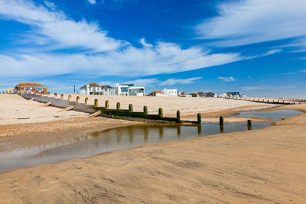 camber sands beach england uk - east sussex stockfoto's en -beelden