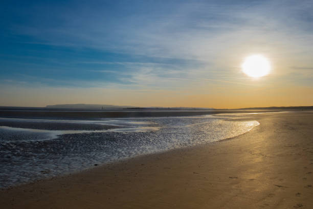 camber sands beach-sunset - east sussex stockfoto's en -beelden