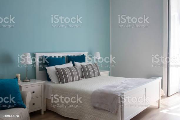 Camera da letto di un bed and breakfast picture id915800270?b=1&k=6&m=915800270&s=612x612&h= afbpdpbedfbmynugc1w3ir1qtzoqunlhatvvdwtkom=